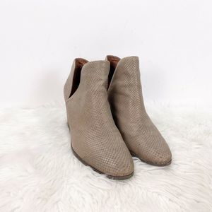 🍀Lucky Brand Beige Leather Lezzlee Ankle Booties